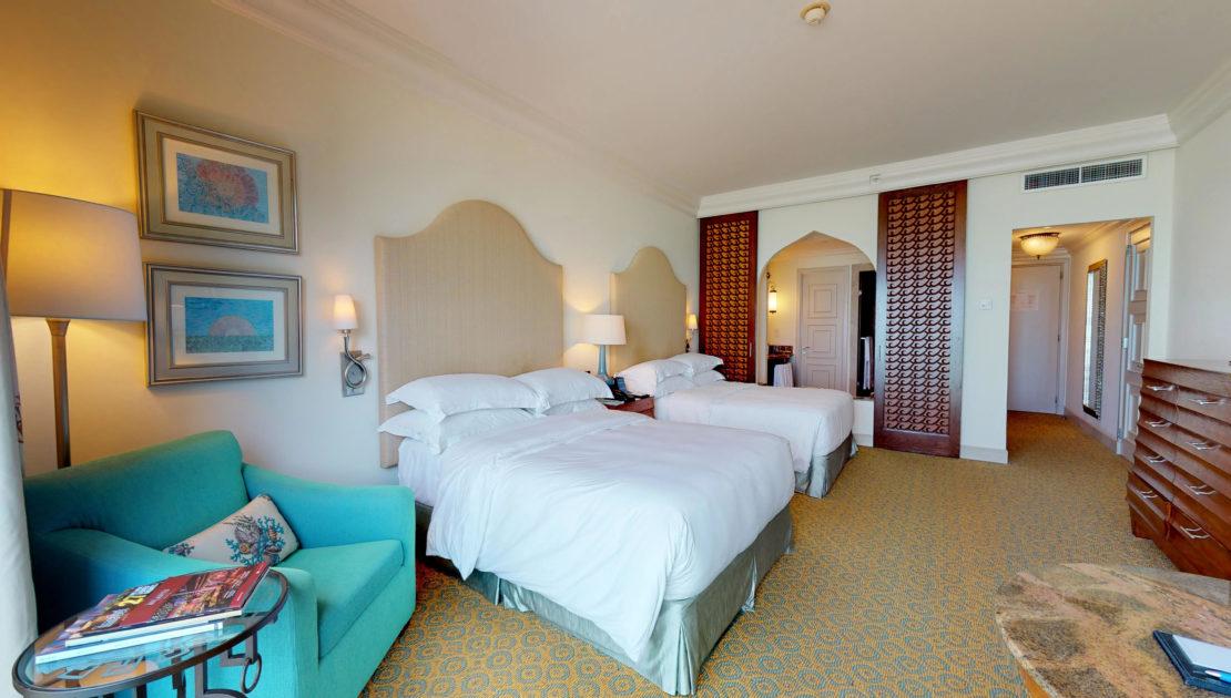Atlantis-The-Palm-Ocean-Queen-Room-Dubai